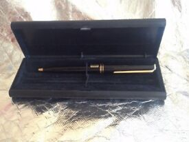 VINTAGE MONTBLANC Classic Luxury-Ballpoint-Pen- Gold-black WITH BOX