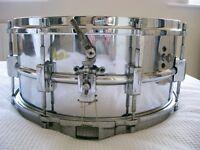 "Vintage NOB snare drum 14 x 6 1/2"" - Maker unknown - 3-point strainer - Leedy style"