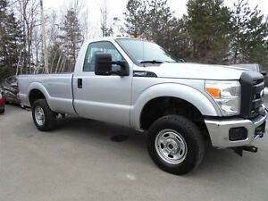 2013 Ford F-250 *4x4*Low Km's!!