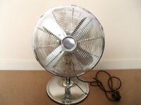 12 inch Desk Metal Fan Chrome DFMM1211 TESCO