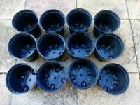 12 7.5 Litre Black Plastic Garden Pots Containers 12 for £5.00