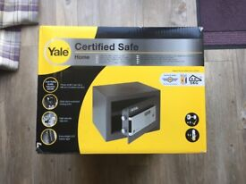 YALE SAFE - new in box