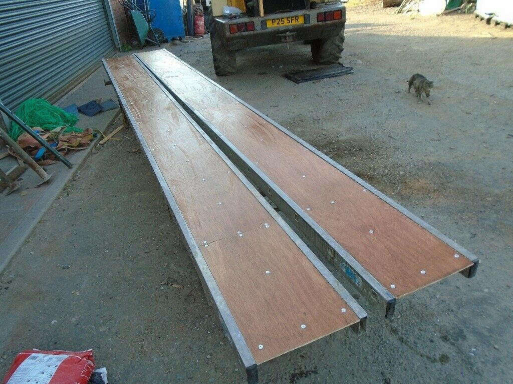 Youngman Board 17ft 6inch Long In Heywood Manchester