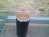 black & chrome petal bin. in very good condition