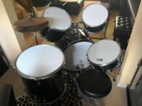 DB Percussion 7 piece drum set with stool