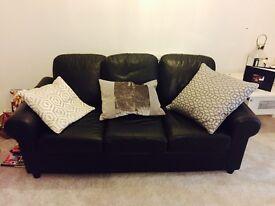3 seater black leather sofa dimensions are 190cm x 85cm