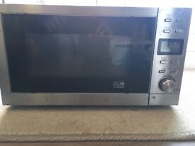 Microwave - 700W - Full Working Order