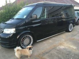 VW T5 SPORTLINE POP TOP CAMPERVAN SHOW VAN LEATHER, AIR CON, LWB TRANSPORTER 210BHP 2.5tdi