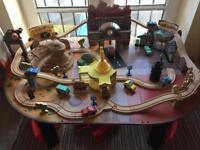 Cars train table