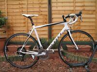 SCOTT CR1 Team CARBON Road Bike. 56cm. Shimano 105. 7,9kg. 20 speed. RRP £1900
