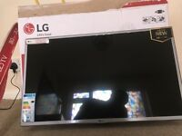 LG led tv 32inch...brand new haven't been used...£169 argos price.....selling for £100
