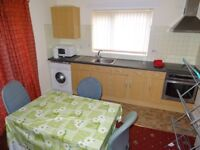 2/3 Bed Flat to rent in Rusholme Fully Furnished