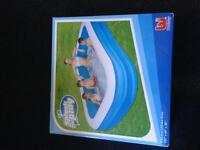 Splash and play pool