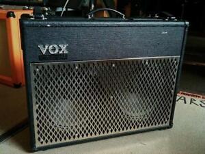 Ampli VOX AD100VT *****LAMPE****AVEC PÉDALE VOX