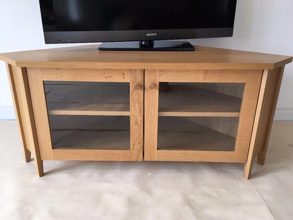 Ikea skoghall oak corner tv media unit stand glass doors for Ikea bookshelf tv stand