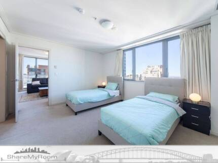 BEAUTIFUL MASTER TWIN SHARED ROOM FOR ONE FEMALE TO SHARE