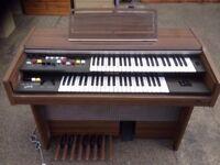 Yamaha Organ.