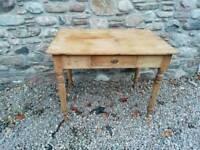 Pine scrub top table