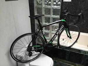 BRAND NEW (SIZE 54cm) COLNAGO ACR CARBON ROAD BIKE - 105 - UPGRADED
