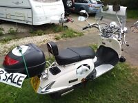 RETRO LOOK 125cc Tamoretti Scooter with lots of extras