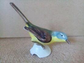 Goebel yellow wagtail bird figurine