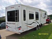 "2009 HEARTLAND BIG COUNTRY 35"" 5th wheel - 4 SLIDES"