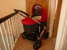 Uppababy Vista 2014 Pushchair and Carrycot, Denny Red £350.00 ONO perfect condition as new