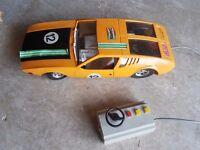 2 Vintage DeTomaso Mangusta Plastic Model Cars