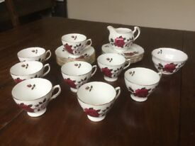 Vintage Colclough Amoretta red rose tea set including milk jug & sugar bowl in very good condition