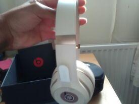 Beats Solo 3 Matte Gold Wireless Headphones