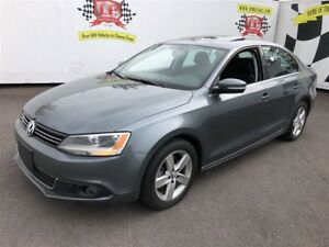 2011 Volkswagen Jetta Comfortline, Manual, Sunroof, Heated Seats