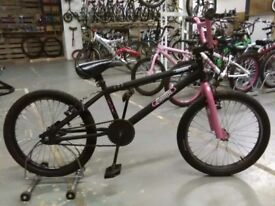 GIRL SCORPION SMITE BMX BIKE 20 INCH WHEELS PINK/BLACK GOOD CONDITION CHRISTMAS?