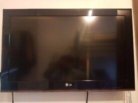 sharp 55 inch tv. lg 32 inch full hd 1080p tv - £80 sharp 55 inch tv
