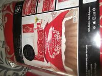 Red french script bedding