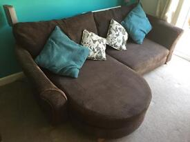 4 Seater Sofa / Lounger Sofa / DFS 4 Seater Sofa / Brown / Chocolate