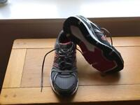 Men's new balance running shoes size 10