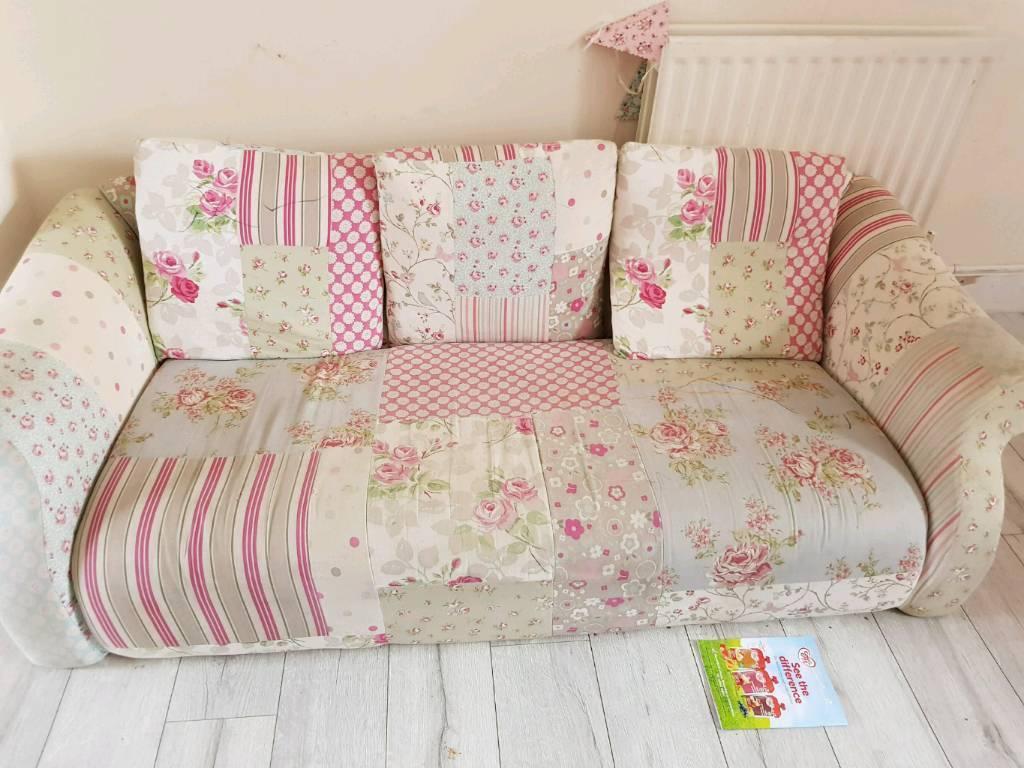 free shabby chic sofa in rugby warwickshire gumtree. Black Bedroom Furniture Sets. Home Design Ideas