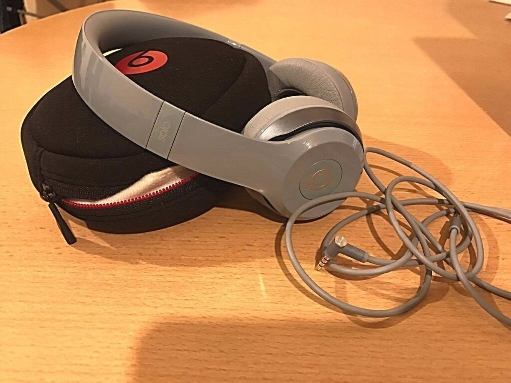 Beats by Dr. Dre Solo 2 Grey