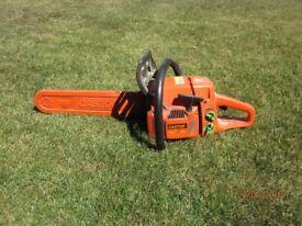 Castor Petrol Chainsaw