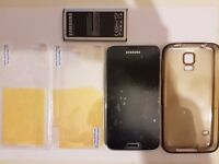 *Samsung S5* *UNLOCKED* ONLY FEW DAYS USE GREAT CONDITION