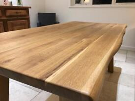 Solid 0ak Dining/Kitchen Table