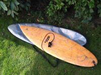 Fluid Juice Surfboard 6'3'' x 21'' x 2.5'' Twin Fin. With Board Bag & leash.