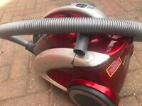 Hover curve vacuum cleaner