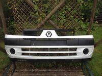 Renault Clio front bumper - white