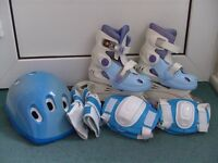 Roller skates (blue) (inline or quad)
