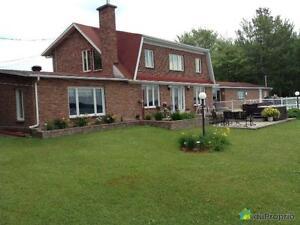 319 900$ - Maison 2 étages à vendre à Lac-A-La-Tortue