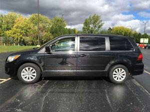 2012 Volkswagen Routan Comfortline