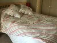 Quilted effect reversible bedcover with two matching cushions