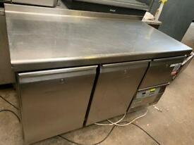 Commercial 2 door counter fridge