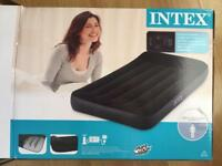 Intex pillow rest single air bed